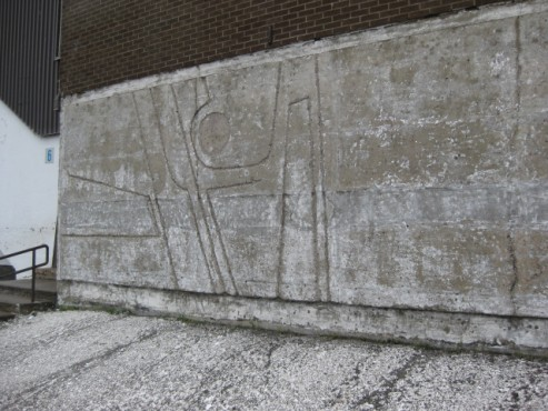 Avant 1 - 9944 St-Michel Montréal École Our Lady of Pompei - Nettoyage de béton